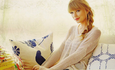 hhe3205-taylor-swift