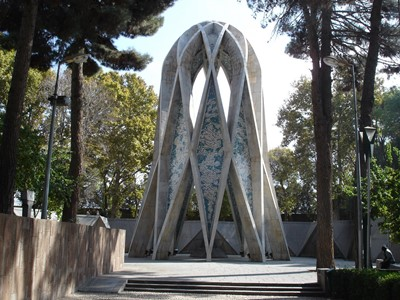 Tomb-of-Khayyam-3