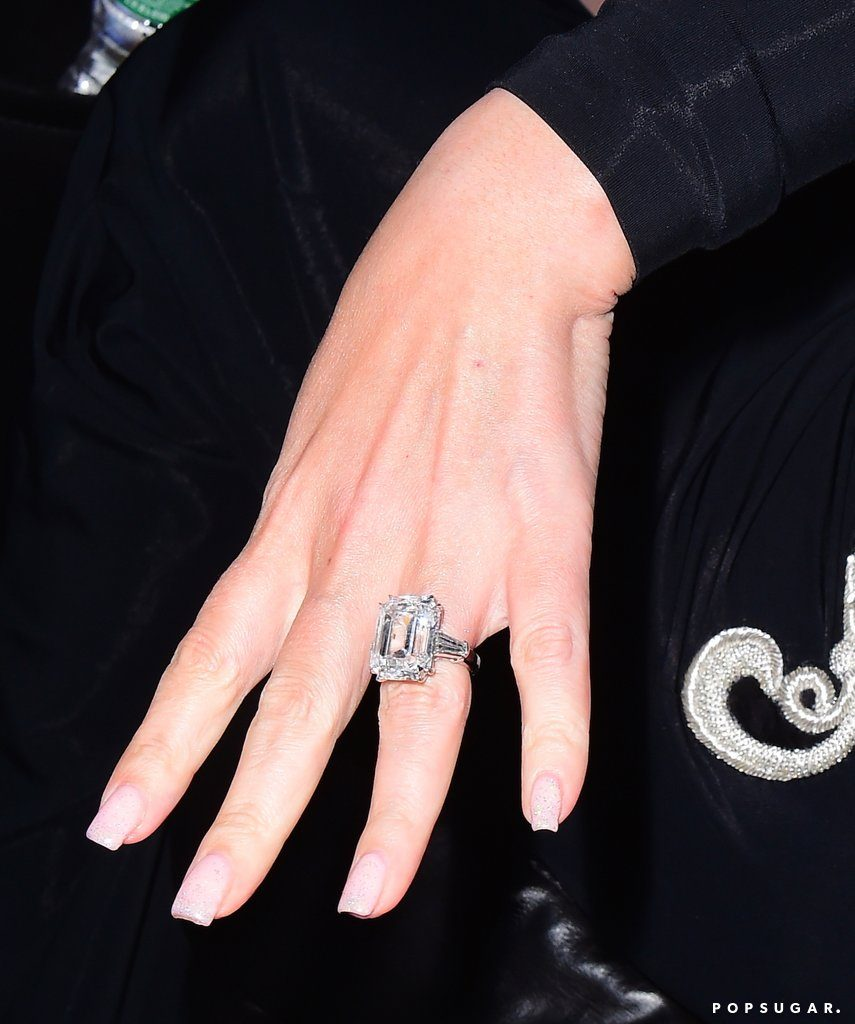 Mariah-Carey-Engagement-Ring-Pictures